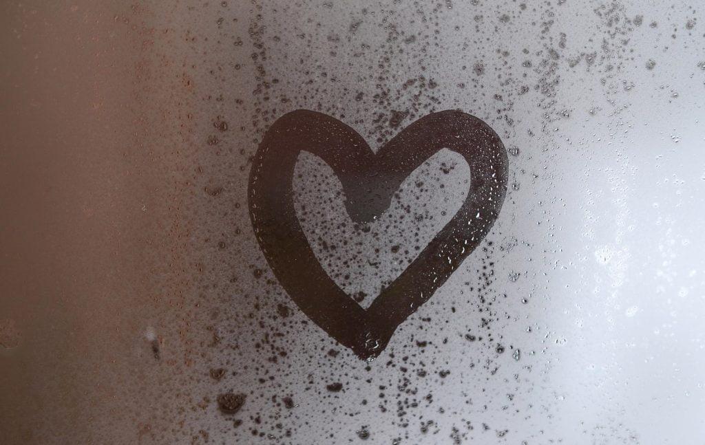 Ab unter die kalte Dusche für ein gutes Gefühl - Biohacking Bad Dürrheim